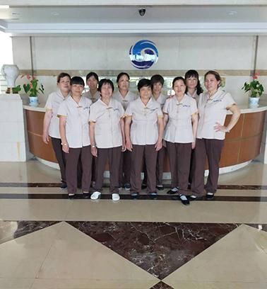 复新E家团队为浙江逸盛石化有限公司提供保洁服务